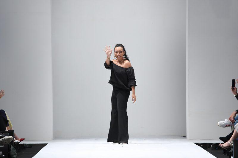 Tidak Kenal Erti Mengalah, Pereka Fesyen Ini Bermula Dari Bawah. Kini Jenama ALIA BASTAMAM Menjadi Sebutan Ramai