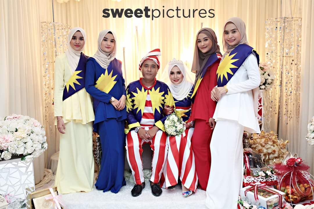 Pakai Baju Pengantin JALUR GEMILANG Semangat Patriotik