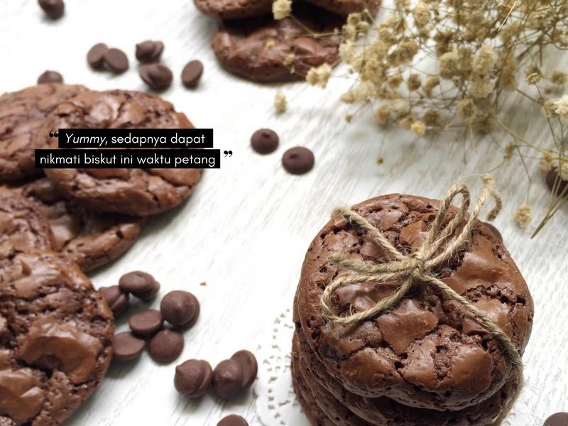 Double Trouble Chocolate Chip Cookies Yang Menggiurkan Dari Coffee Jeans & Co.